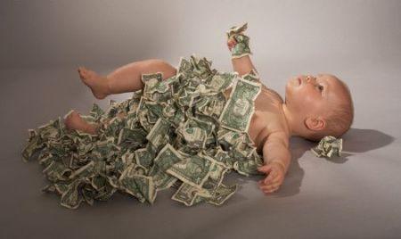 dinero2 - ¿Hay algo OBLIGATORIO en la vida?: 18 obligaciones sociales