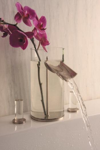 grifo florero2 - Grifo florero, un decorativo 2x1