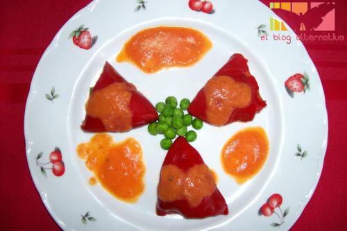 pimientos portada - Pimientos rellenos de arroz y verduritas al wok y salsa a la manzana