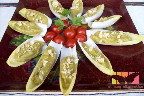 endibias rellenas - endibias-rellenas de guacamole