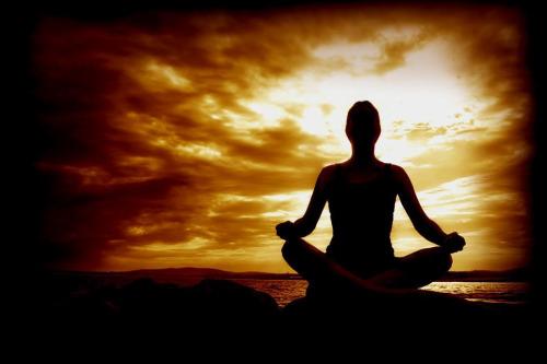 meditacion - EL VIAJE AL INTERIOR. Vacaciones Mágicas en Gerona del 2 al 11 de agosto 2009