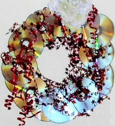 corona navidena cds - Guirnalda navideña reciclando CDs
