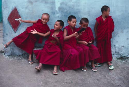 ninos monjes1 - ninos-monjes