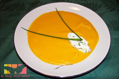 zanahorias - crema de zanahorias con chantilly de cebollino