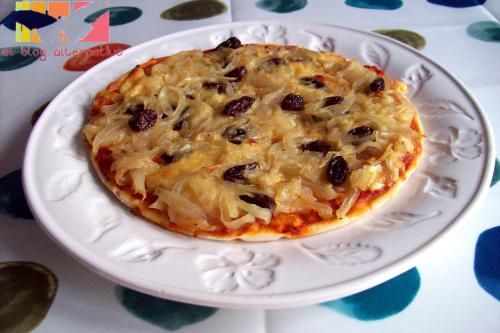 pizza - pizza de cebollas y pasas