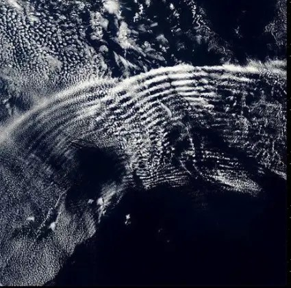pulsación de ondas en los cielos