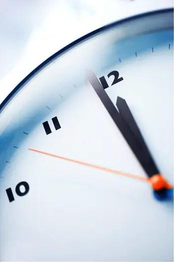 """reloj - """"101 pasos hacia la felicidad"""" empieza a caminar el 2 de Agosto"""