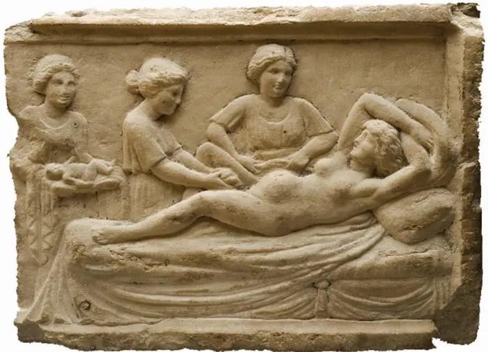 """HISTORIA DE LA MATERNIDAD3 - """"Las madres modernas somos hijas de nuestro tiempo pero no sus esclavas"""" Entrevista a Cira Crespo, autora de """"MATERNALIAS: De la historia de la maternidad"""""""