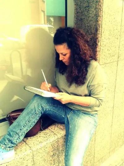 """raquel lookel - """"Me gustaría poder dedicarme a tiempo completo a la ilustración, pero hasta ahora la hipoteca no me lo permite"""". Entrevista a Raquel de Lokel Moonera"""