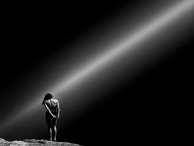 noche oscura alma - La Noche Oscura del Alma: la metamorfosis de la oruga a mariposa