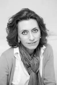 """eva2 - """"Es un derecho del ser humano saber quiénes somos y qué puñeta hacemos aquí"""" Entrevista a Eva Monferrer"""