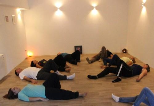 FK ATM 1 500x345 - ¿Cómo conocerte por medio tus movimientos corporales con el método Feldenkrais®?