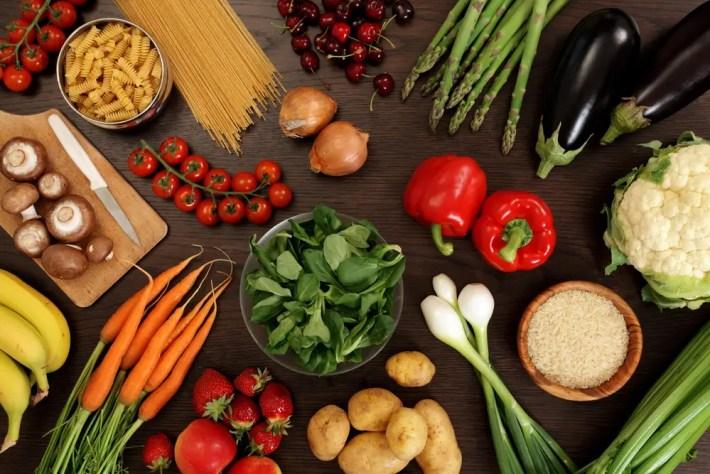 comida saludable contra la fatiga - ¿Te sientes cansado constantemente? Conoce 10 consejos saludables para combatir la fatiga de forma natural