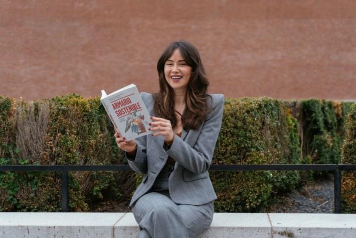 """Libro4b 1024x683 - Entrevistamos a Laura Opazo, autora del libro """"Armario sostenible"""""""