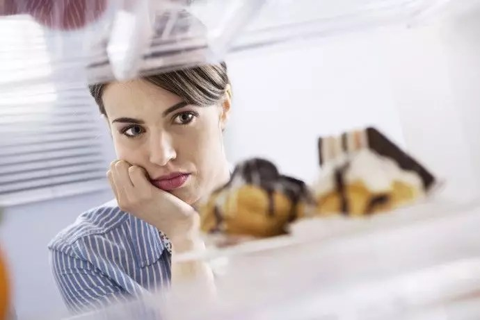 Psicología de la Pérdida de Peso: La fuerza de voluntad tiene límites
