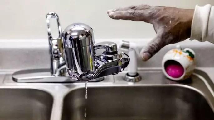 """¿Qué tan grave es la contaminación por plomo del agua en Flint, Michigan"""""""