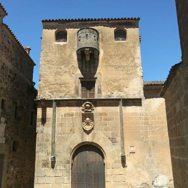 excursión con perro a Cáceres
