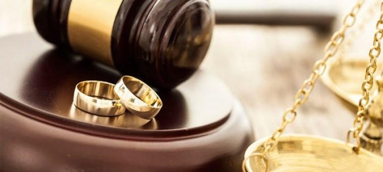 Después de años de matrimonio, viene el divorcio