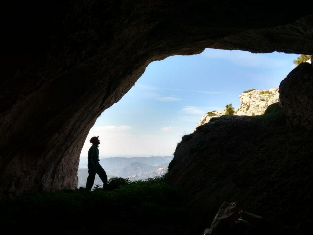 espeleologia tinença de benifassà cova del drac cova la puntassa