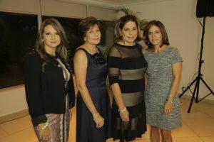 Lina Marcela Willman, María Elena de Rivera, Marta de De Roche y Marilyn de Troetsch.