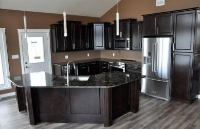 E & L Building Contractors kitchen