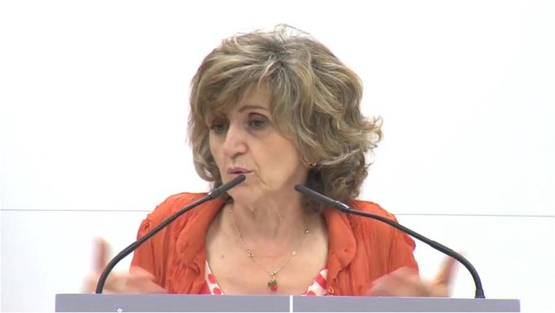 """Así """"explicó"""" la Ministra de Sanidad la """"inexistencia"""" de etiquetas y marcas blancas en el escándalo de la listeria"""
