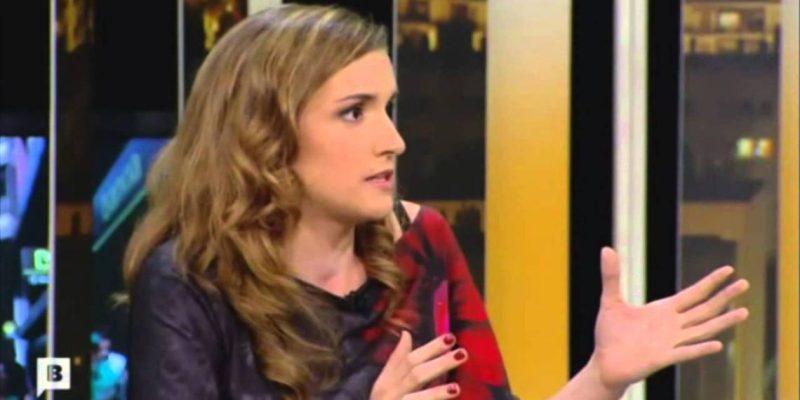 """Una colaboradora de TV3 celebra el 12 de octubre con un """"Putaspanya"""""""