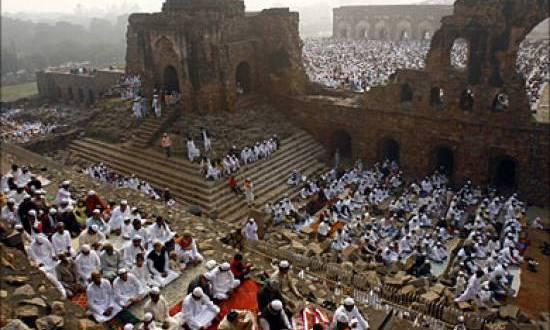 """الهند تطالب بتسليم أرض مسجد """"بابري"""" للهندوس"""