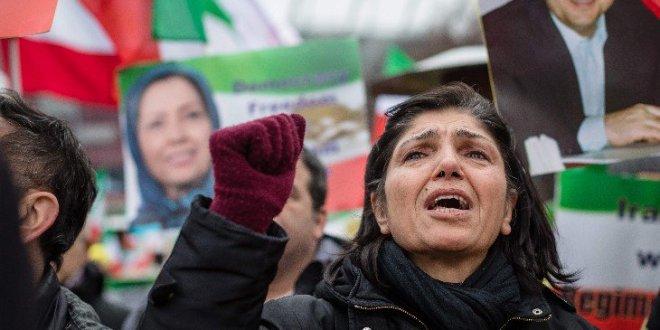 إيران تتوعد بعد المجزة التى ذهب ضحيتها 30 من  الحرس الثوري في هجوم انتحاري