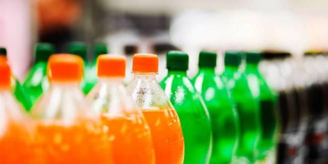صحة .. المشروبات المحلاة بالسكر تعزز انتشار أورام القولون