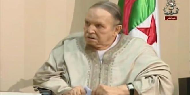 اخبار محلية .. الجزائر.. تصاعد الدعوات لاستقالة بوتفليقة والتوافق على مرحلة انتقالية