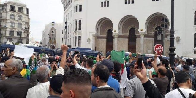 مسيرات مطالبة بالتغيير الجذري تتواصل عبر ولايات الوطـن وسط تعزيزات أمنية للجمعة الرابعة عشر