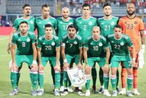 الجزائر 1  البنين 0   . الجزائر تفوز على البنير في مقابلة أحتفالية اللاعب حليش
