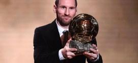 """حفل الكرة الذهبية لمجلة """"فرانس فوتبول"""" الفرنسية .. ميسي يتوج بالكرة الذهبية السادسة في مسيرته ومحرز عاشرا"""