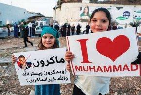 الإساءة للرسول…  ردود عربية وإسلامية غاضبة ضد الرئيس الفرنسي