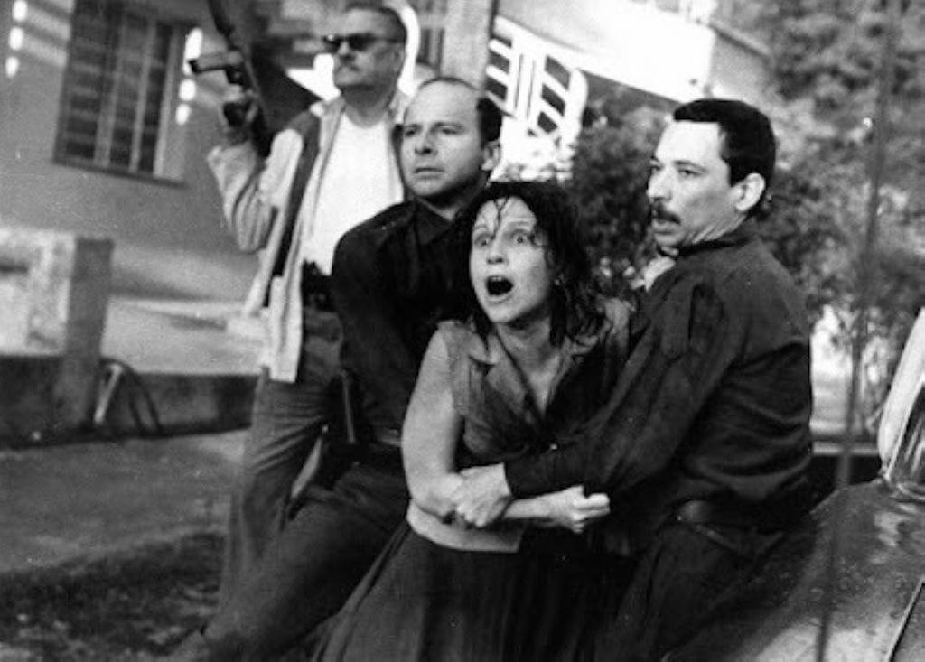 Clandestinos, 1987