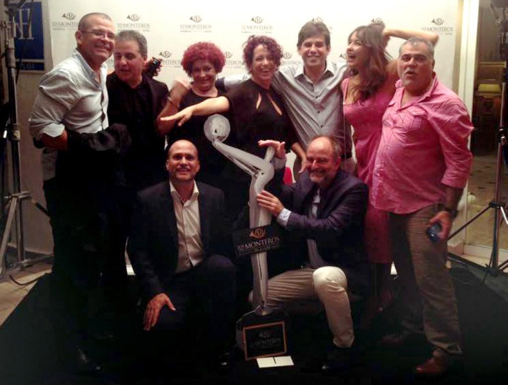 Ernesto Daranas, Carlos de la Huerta, Marilyn Solaya, Osmani Olivares, Laura de la Uz y el director español Benito Zambrano, entre otros amigos