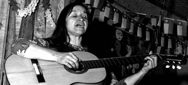 La Pintana: cambian avenida Francisco Franco por Violeta Parra