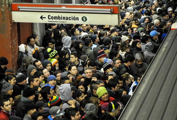 Crisis en el transporte santiaguino: ¿Cuántas cabezas deben rodar?