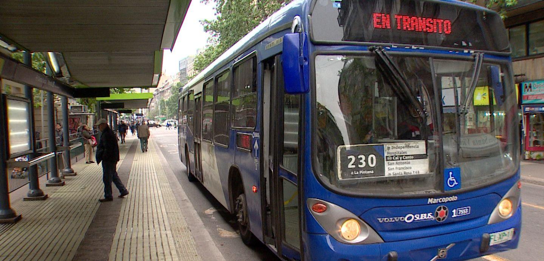 Experto analiza la crisis del transporte público: «Priman las políticas que benefician a los que se movilizan en automóvil»
