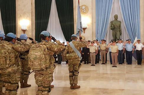 Macri anuncia que sacará a los militares a las calles argentinas