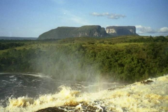 Parque Nacional Canaima se ve afectado por mineria ilegal