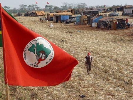 Asesinan en Brasil a dos militantes del Movimiento Sin Tierra