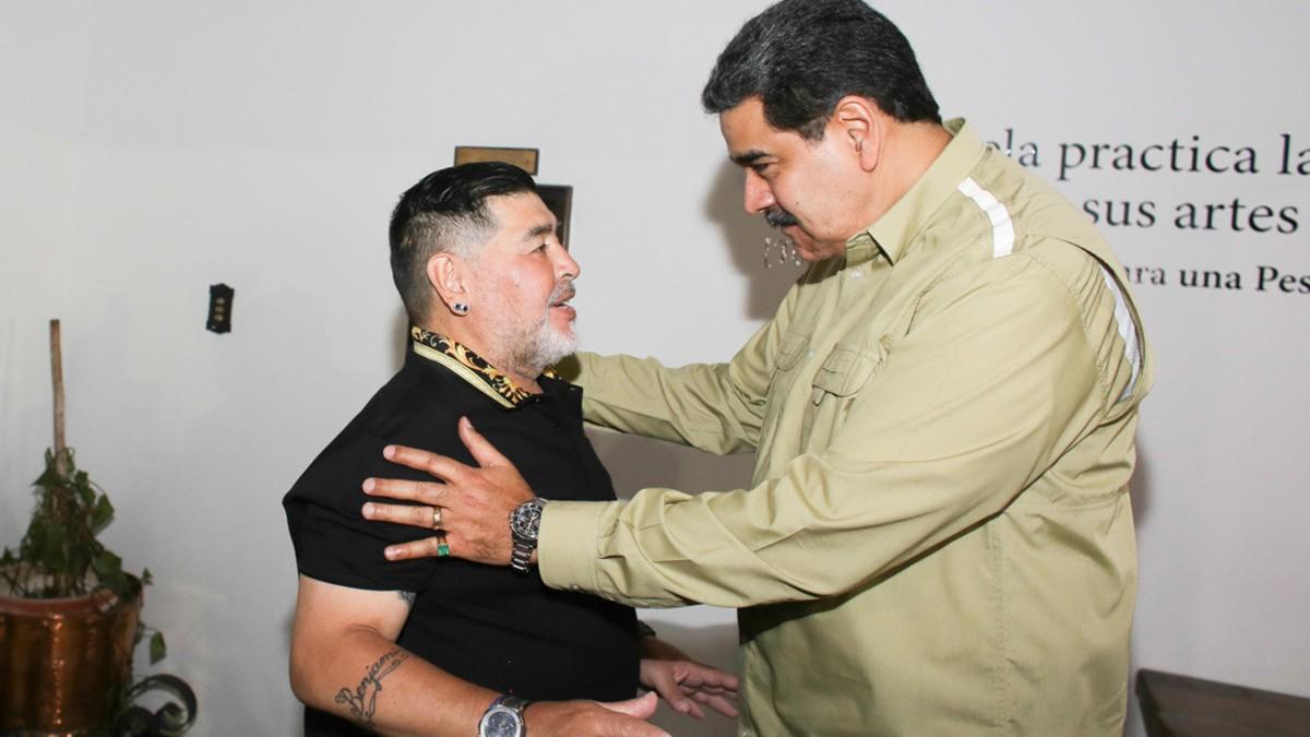 (Video) Maduro y Maradona se reúnen en Caracas
