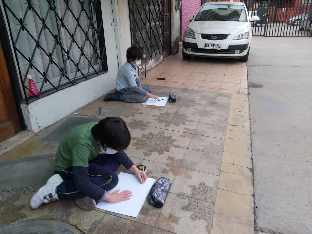 Macul: Municipio realiza intervenciones socio-recreativas infantiles para disminuir la ansiedad durante la cuarentena
