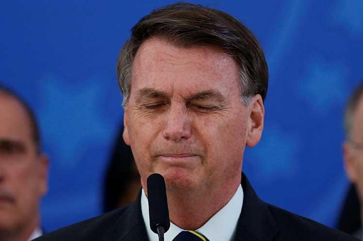 Bolsonaro anuncia que no creará el programa social Renta Brasil