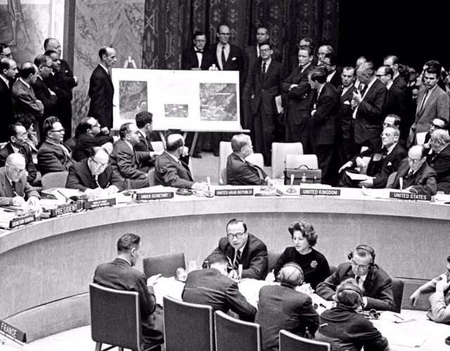 13 Días, La Crisis de los Misiles en Cuba 1962