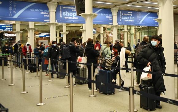Unión Europea se reúne este lunes de urgencia por la nueva cepa de covid en  Londres