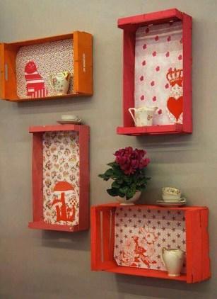 cajas de fruta de madera para decorar la pared
