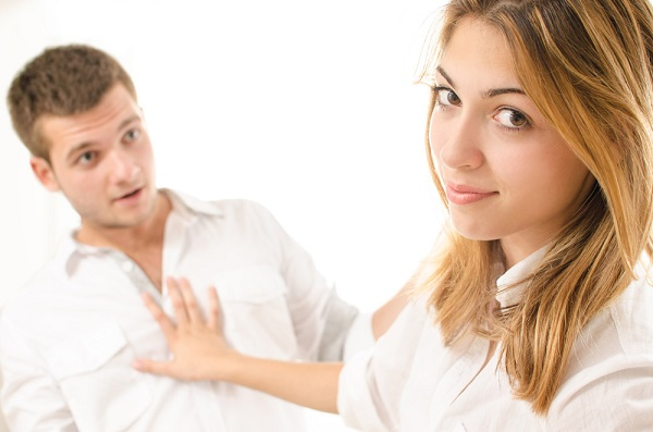 13 SIGNS THAT SHOW SHE DOESN'T CARE ABOUT YOU... YOU NEED TO MOVE ON BROTHER